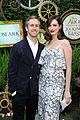 anne hathaway gets adam shulman support at alice event 15
