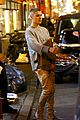 justin bieber hosts pop up shop in nyc 12