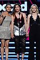 ashton kutcher mila kunis billboard music awards 2016 05