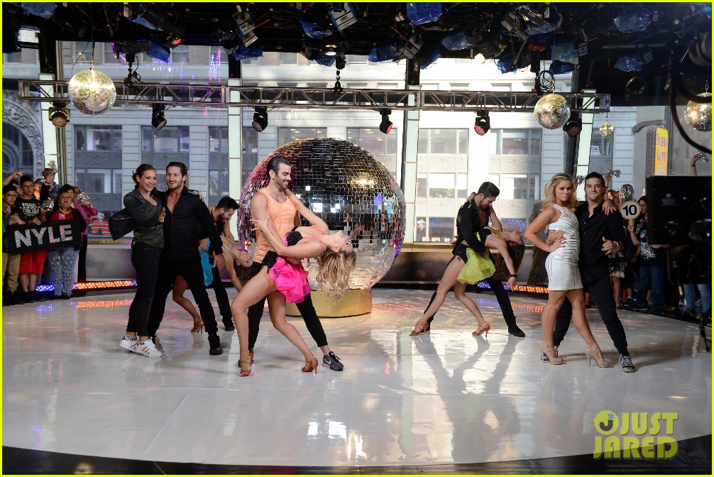 nyle dimarco dancing with the stars champion good morning america 093665991