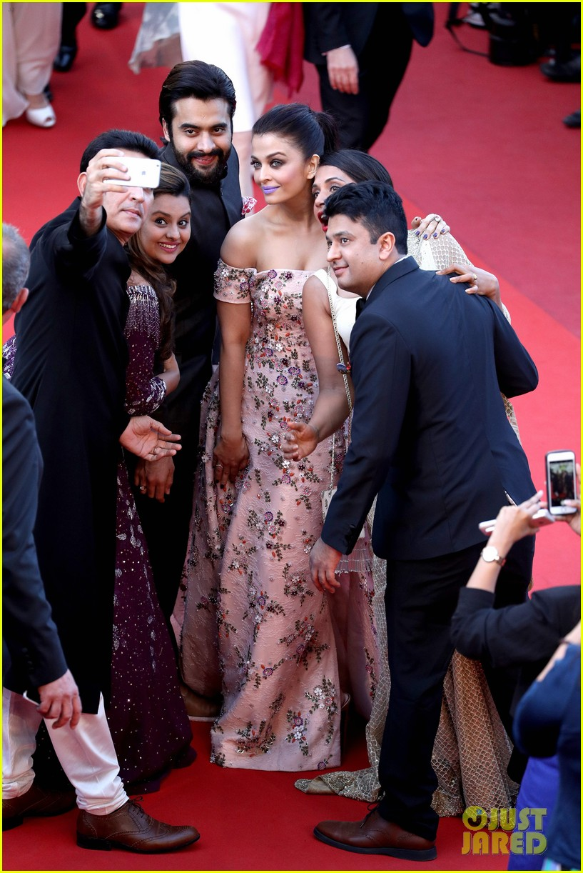 aishwarya rai cannes 2016 events 133657047