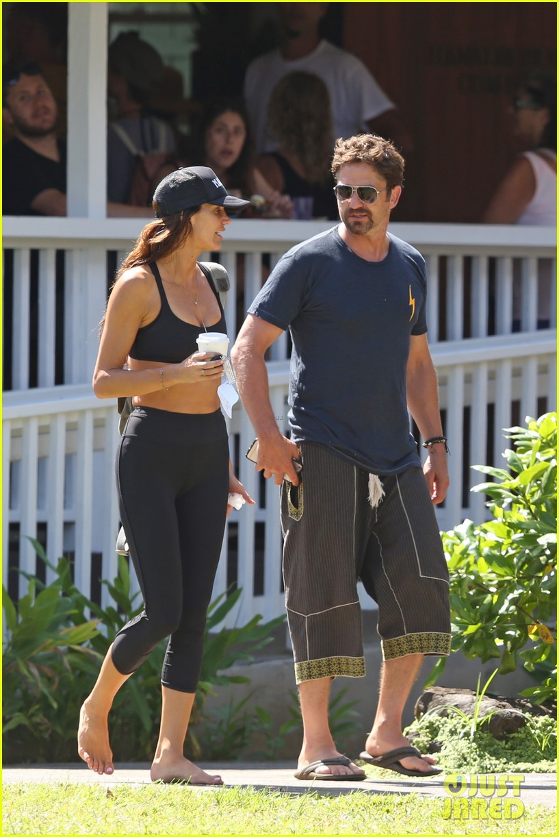 gerard butler is back home after hawaii trip with morgan brown 103672834