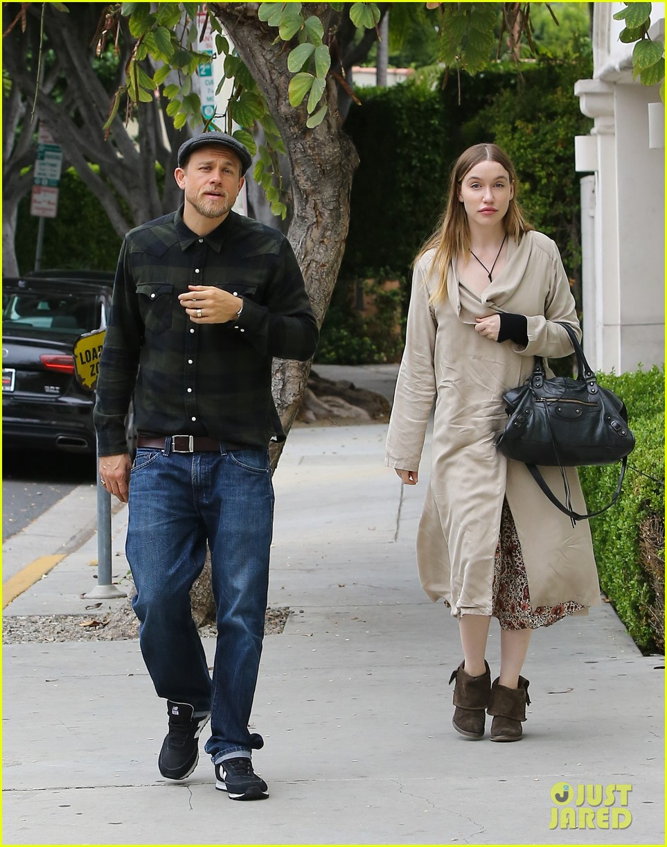 Morgana McNelis partner of Charlie Hunnam know about her