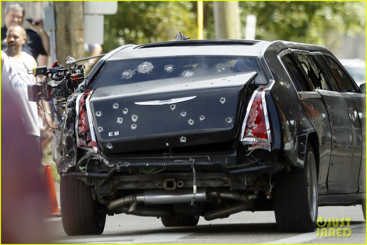 http://cdn04.cdn.justjared.com/wp-content/uploads/2016/06/jackman-bullet/hugh-jackman-escapes-bullett-ridden-limo-for-wolverine-3-03.jpg