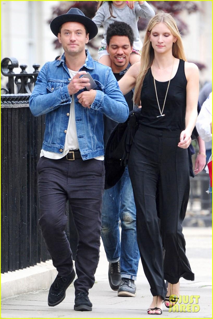 jude law girlfriend ph... Jude Law