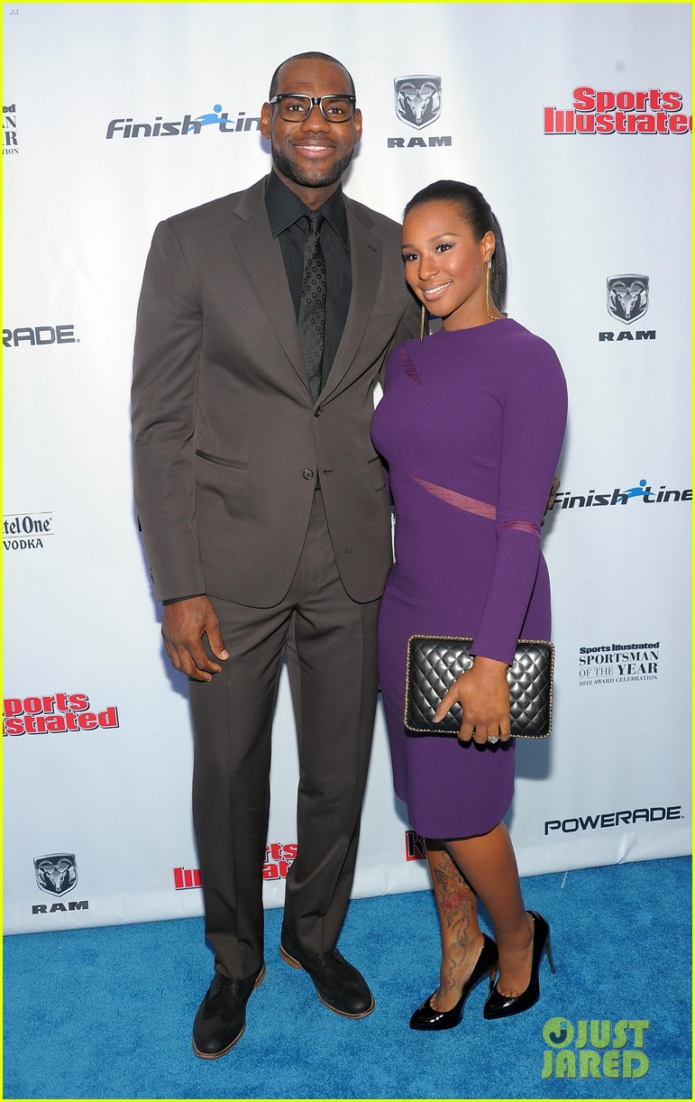 who is dating lebron james