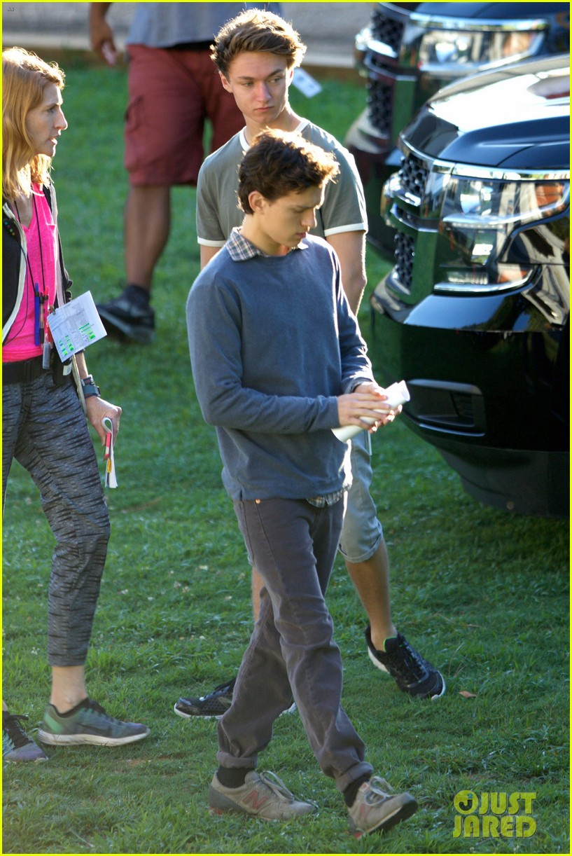 tom holland zendaya spider man atlanta first set pics 05
