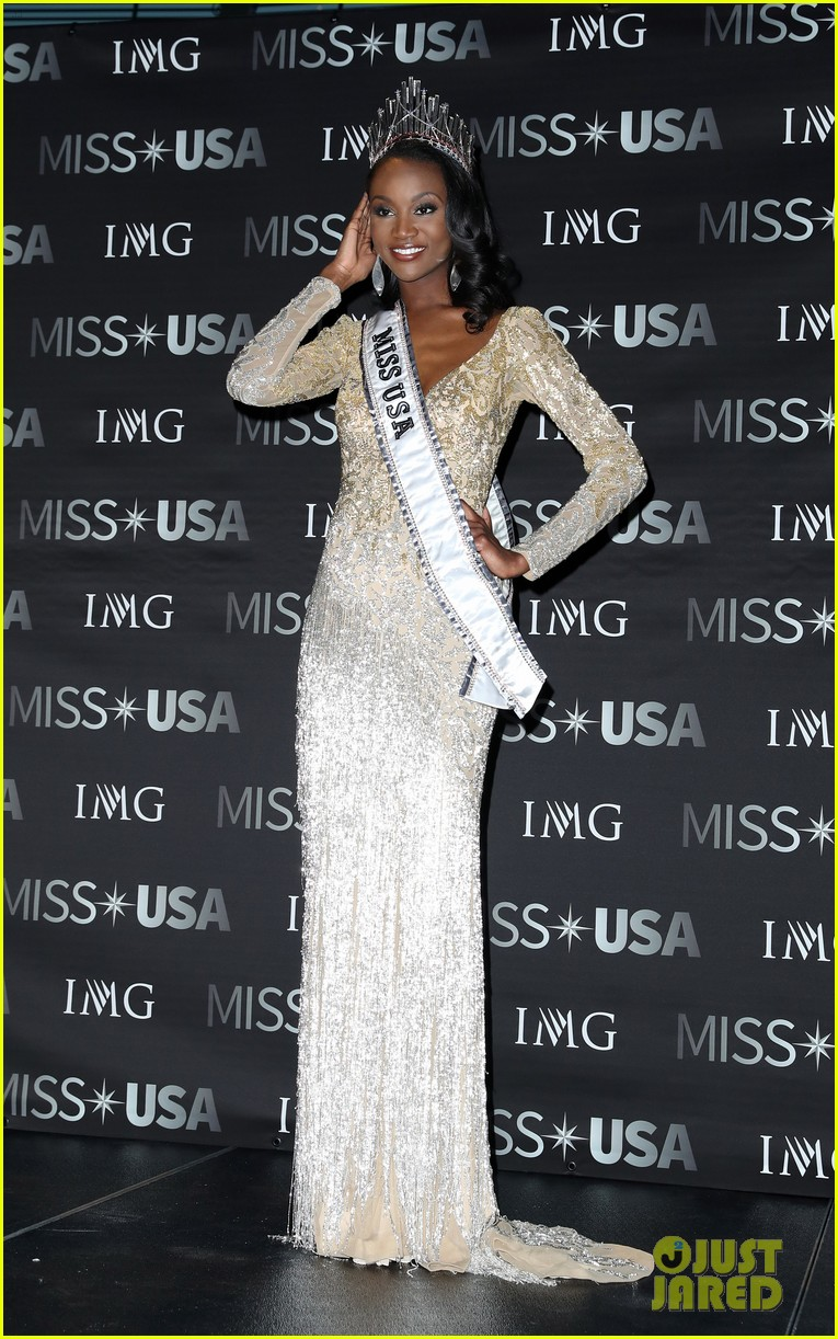 deshauna barber, miss usa 2016. - Página 2 Deshauna-barber-wins-miss-usa-2016-02