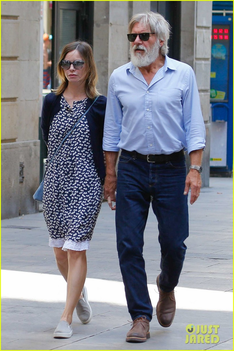 Harrison Ford & Calista Flockhart Take Romantic Stroll ...