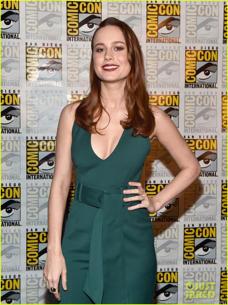 brie larson joins the women of marvel for epic comic con pic 203715754