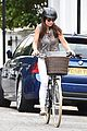 pippa middleton shows off her engagement ring while bike riding through london 12