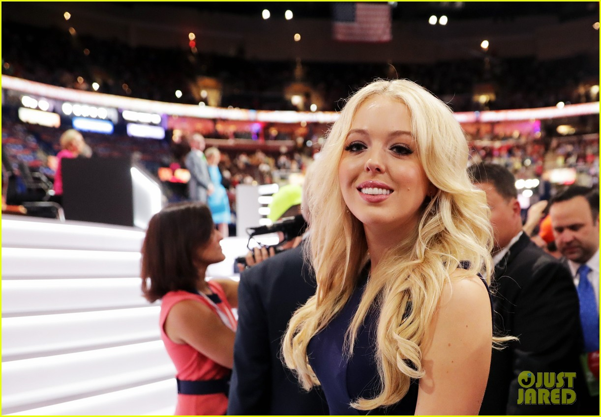 [Image: tiffany-trump-gives-speech-at-republican...ion-04.jpg]