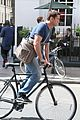 gerard butler bikes in london 06