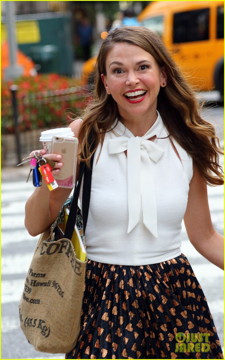 hilary duff sutton foster film younger in nyc photo 3735291
