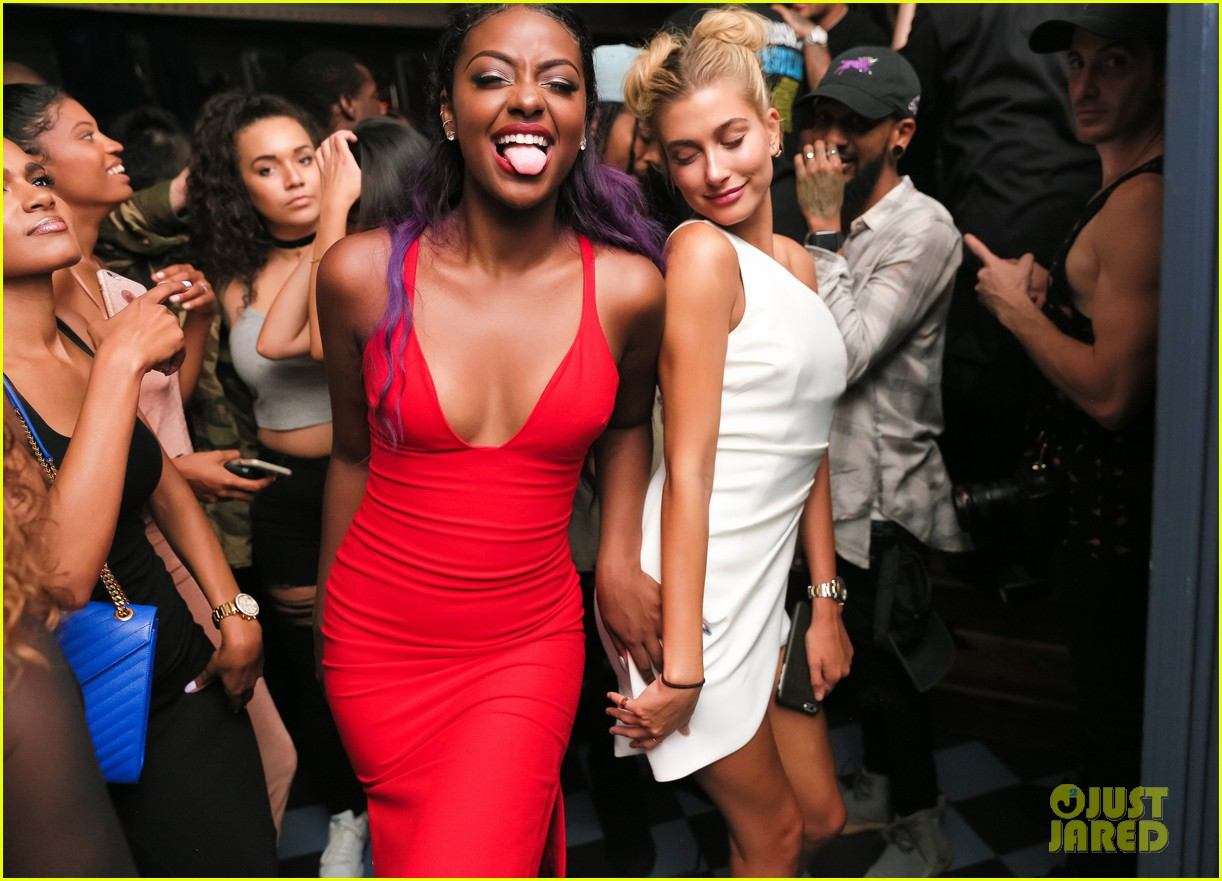 Full Sized Photo of hailey baldwin sephora shop justine skye second ...: www.justjared.com/photo-gallery/3743090/hailey-baldwin-sephora-shop...
