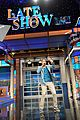 will smith gives surprise summertime performance on late show 02