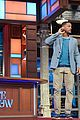 will smith gives surprise summertime performance on late show 06