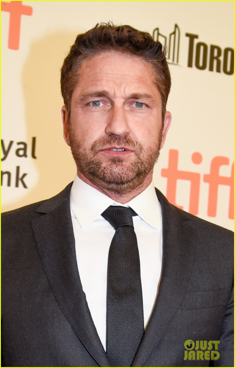 Full Sized Photo of gerald butler suits up for the ... Gerard Butler