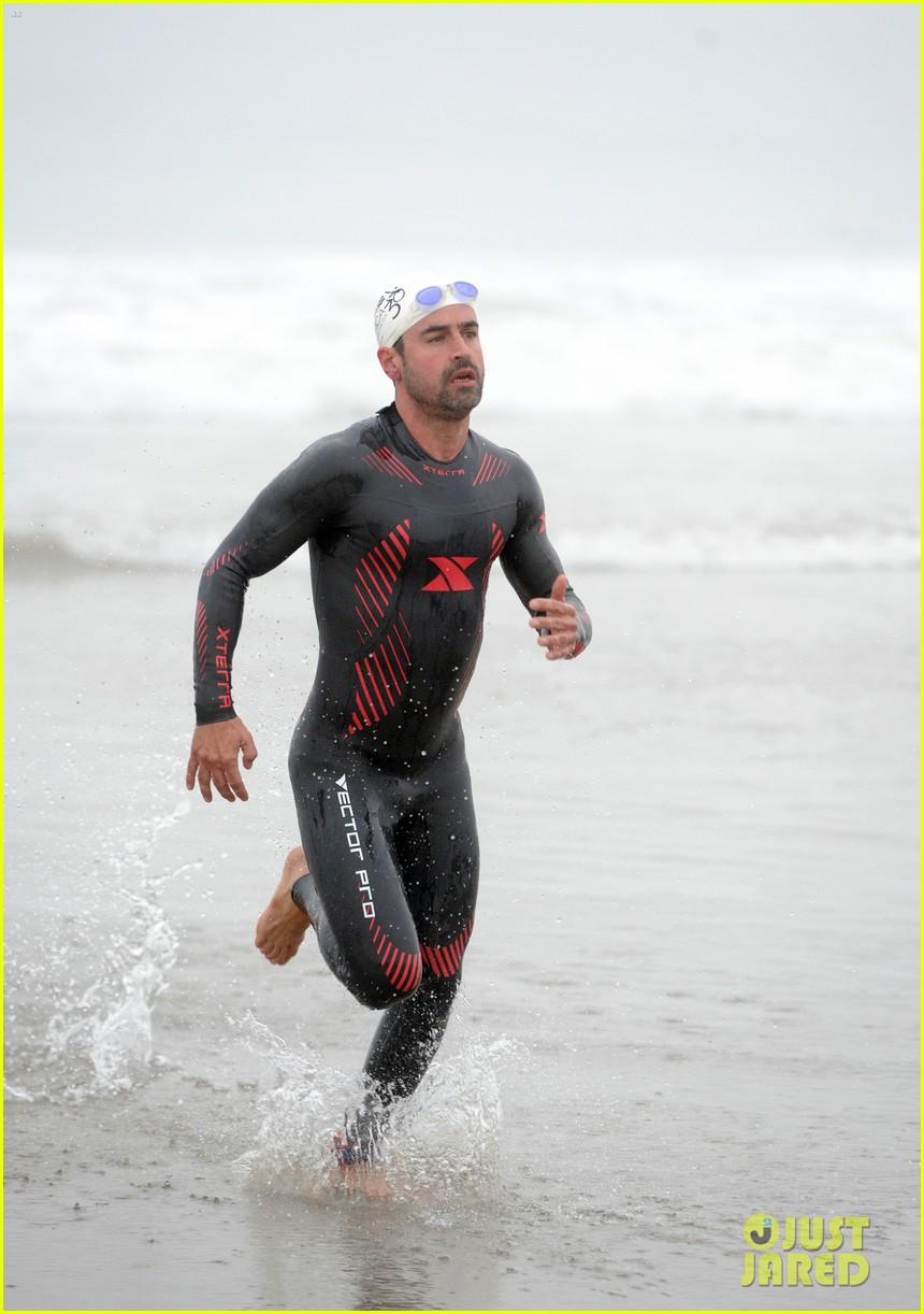 james marsden zac efron among celebs malibu triathlon 313763394