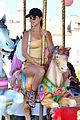 kourtney kardashian is a golden goddess while on italian vacation02608mytext