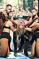 britney spears slays on stage at iheart radio music festival in vegas 04