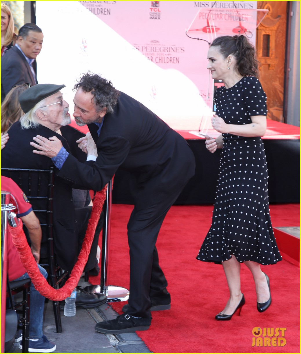 winona ryder attends tim burtons hand and footprint ceremony 023753795