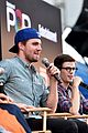 stephen amell wants to see an arrow supernatural crossover 17