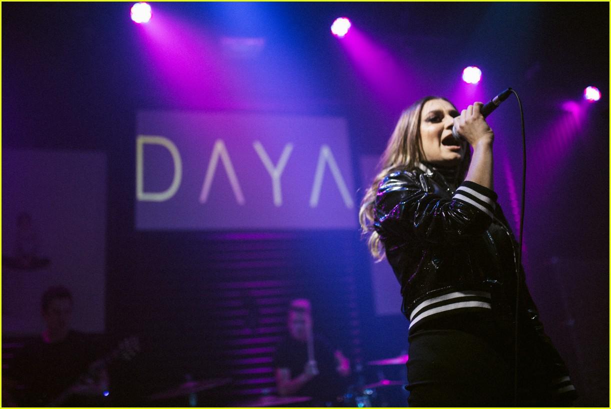 Daya: 'Sit Still, Look Pretty' Album Stream & Download - Listen ...