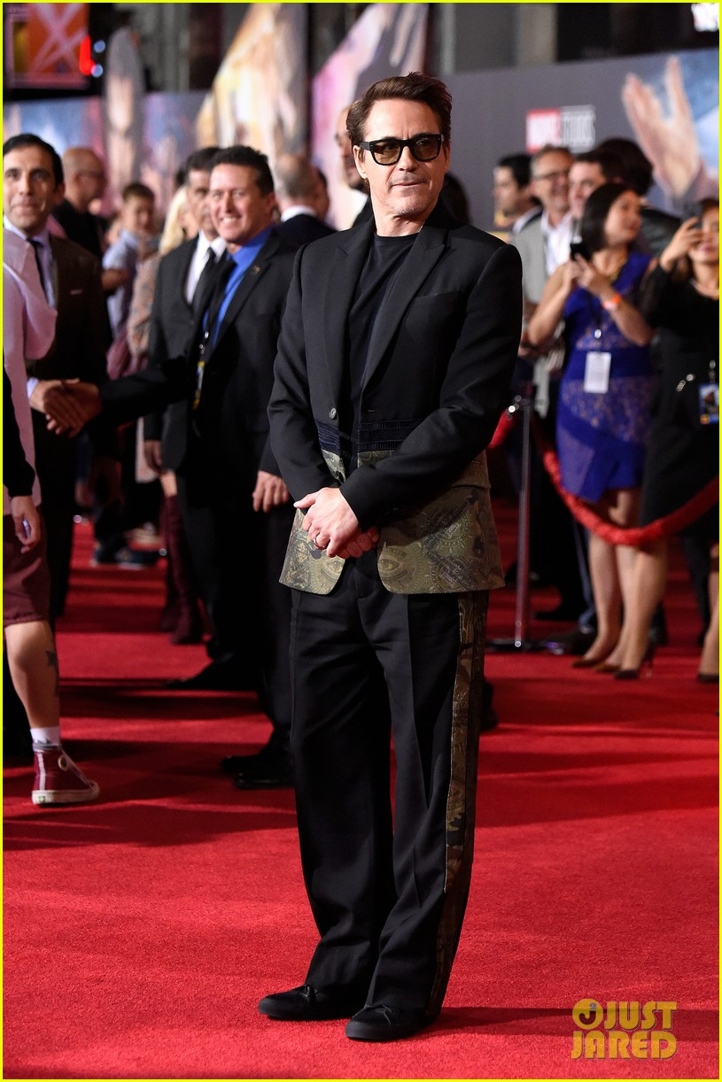Robert Downey Jr Joins Rachel Mcadams Amp Tilda Swinton At