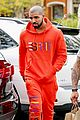 drake wears orange sweats for lunch 13