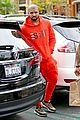 drake wears orange sweats for lunch 16