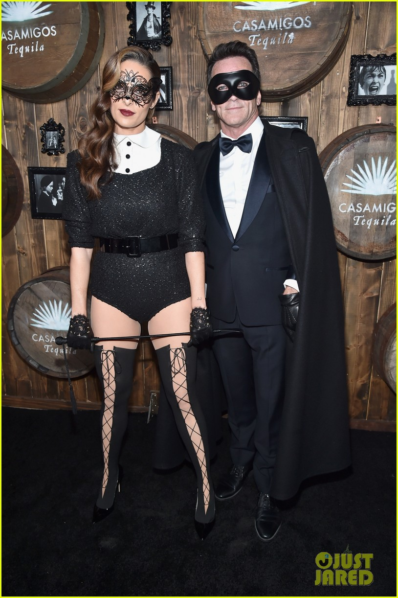 hilary duff boyfriend jason walsh casamigos halloween party 083796538