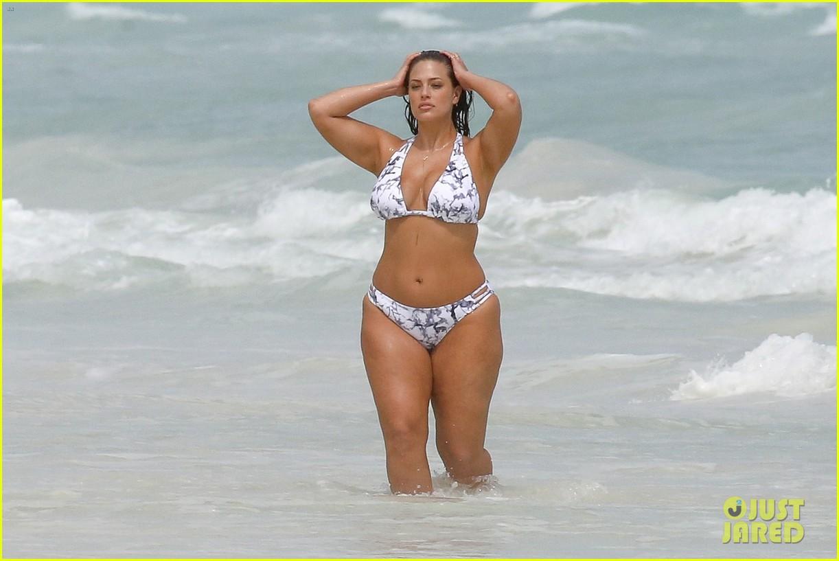Bikini Ashley Romans naked (71 pics), Twitter