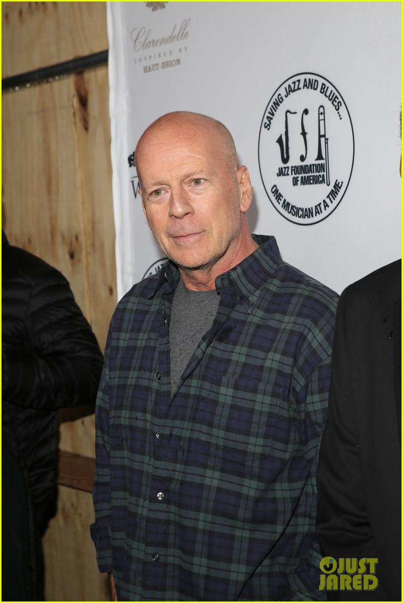 John Mayer & Bruce Willis Hit The Stage At Great Night in Harlem Gala ... Bruce Willis