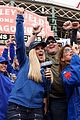 jenny mccarth hosts siriusxm radio show from wrigley field 11