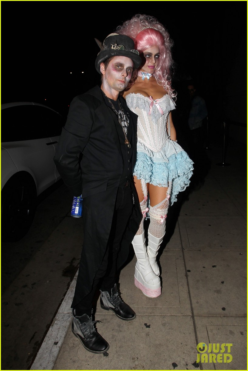 sofia richie josh hutcherson attend treats mag halloween party 17
