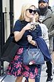 reese witherspoon treats herself to some shopping after touching down in nyc 08