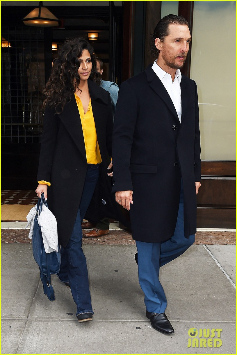 matthew mcconaughey camila alves step out for date night in nyc 013809689