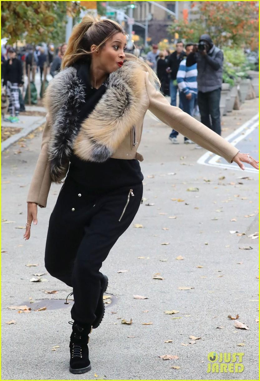 Paparazzi Ciara nude (74 photos), Ass, Leaked, Feet, braless 2015
