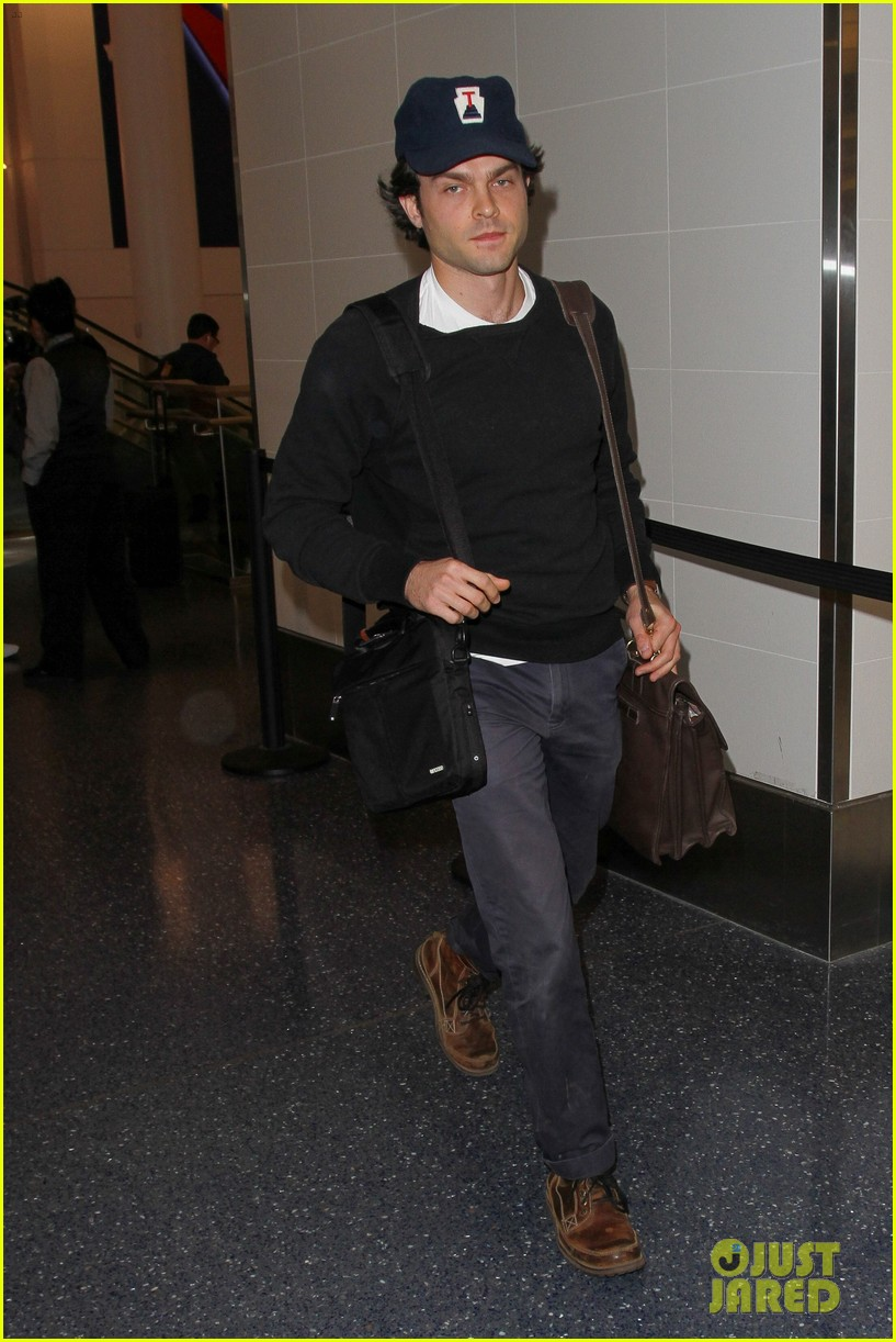 alden ehrenreich looks cool arriving at lax airport 043809710