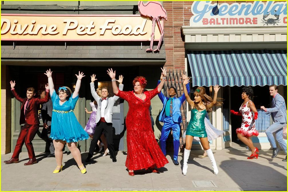 hairspray live thanksgiving parade performance 023815139