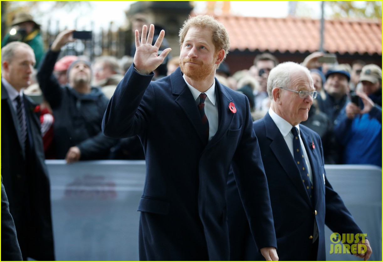 prince harry attends rugby match without girlfriend meghan 063807334