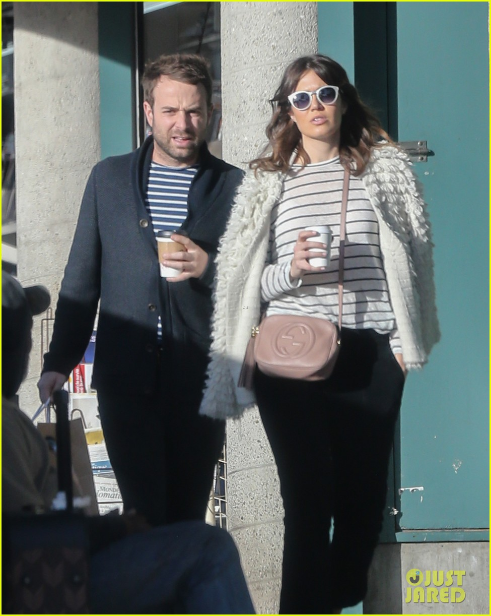 Mandy Moore & Boyfriend Taylor Goldsmith Match in Stripes ...