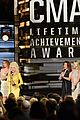dolly parton cmas tribute 10