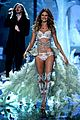 behati prinsloo vs fashion show next year 08