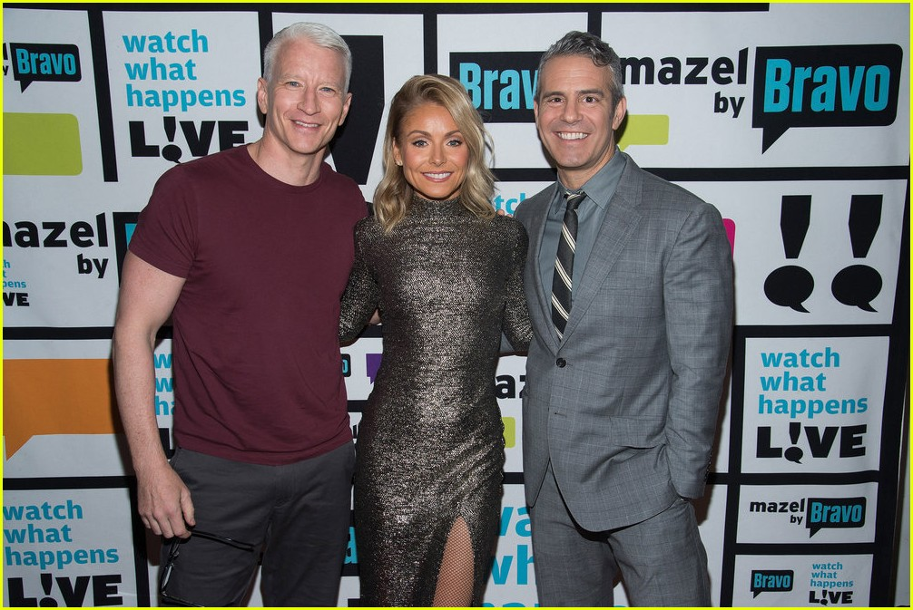 anderson cooper reveals why he never dated andy cohen 033819205