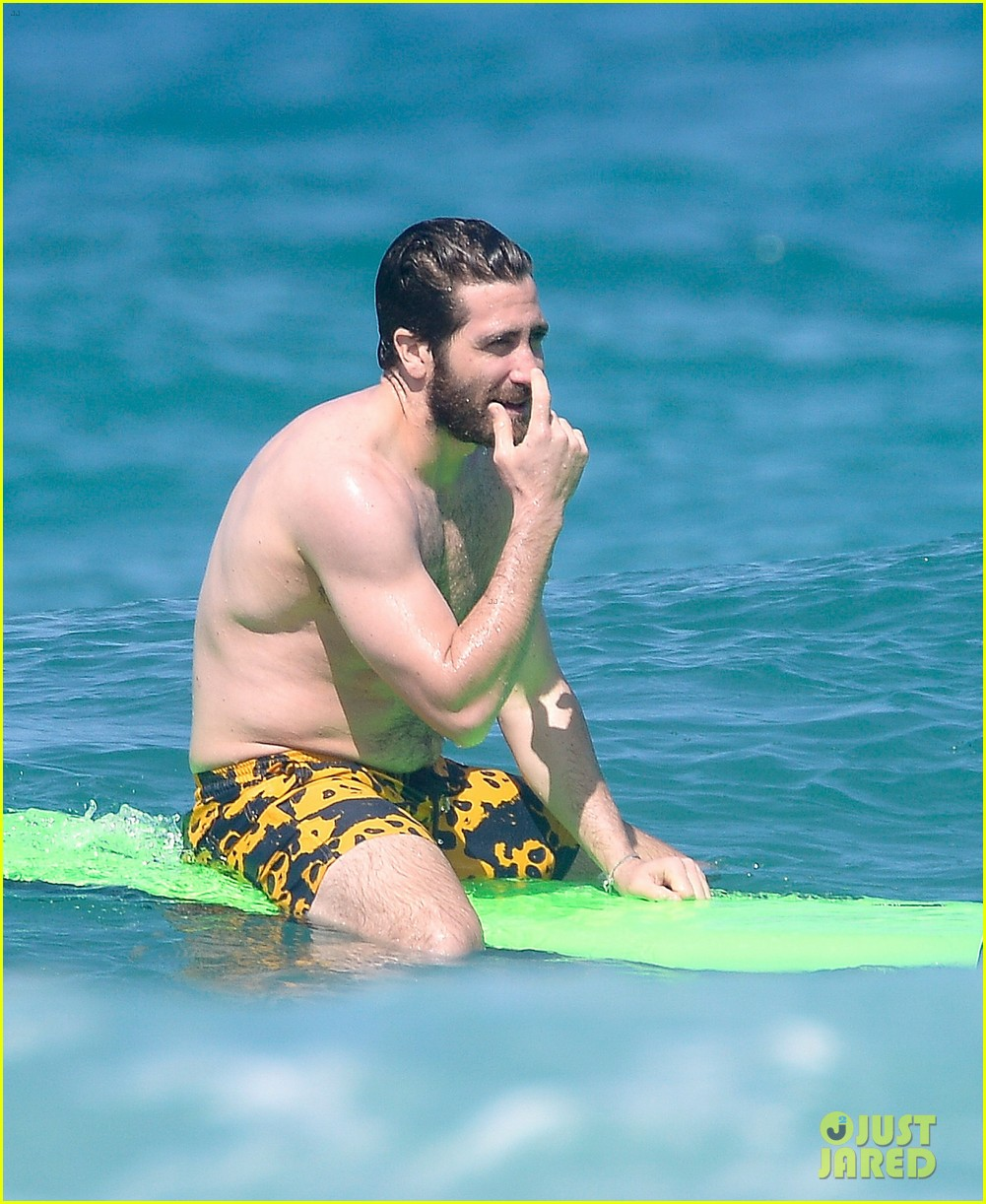 Jake Gyllenhaal Goes Shirtless In St. Barts, Takes A