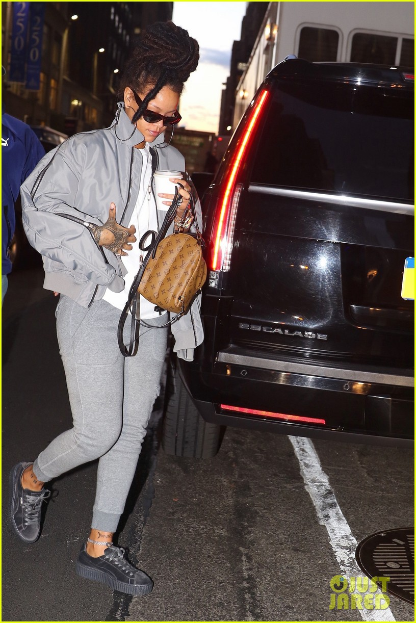 free shipping 5ac09 37f0c Rihanna Arrives to 'Ocean's Eight' Set in Her Fenty x Puma ...