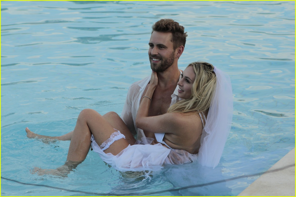 VIDEO: The Bacheloru0027s Corinne Takes Bikini Top Off For Sexy Shoot With  Nick!: Photo 3840436 | Corinne Olympios, Nick Viall, The Bachelor Pictures  | Just ...