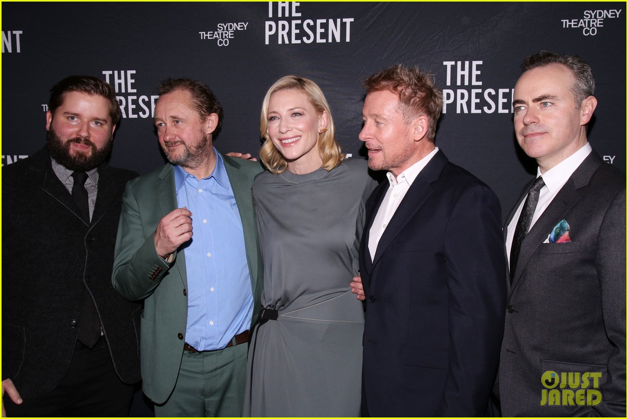 cate blanchett makes broadway debut with the present 133840185